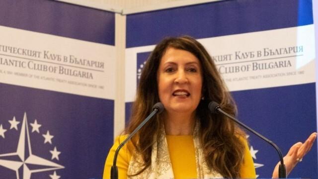САЩ: Твърдо подкрепяме суверенитета на България