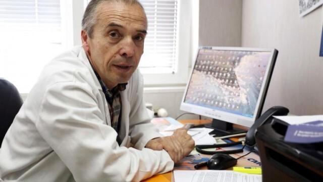 Дадоха Мангъров на Етичната комисия на Лекарския съюз заради публикация във Фейсбук