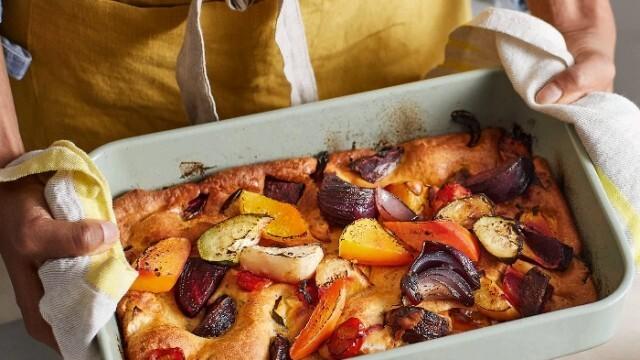 Угощение за вегетарианци -  зеленчуци в тесто на фурна