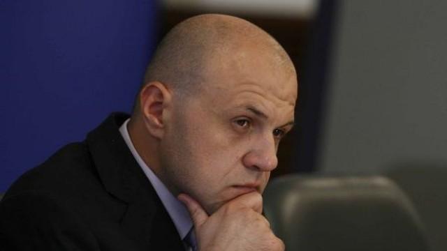 Дончев: Имаше опити за натиск за пенсионните реформи