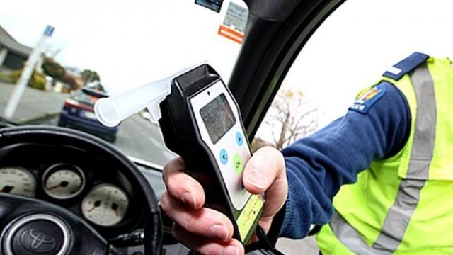 Плевен: Хванаха двама шофьори с алкохол, единият претърпял и пътен инцидент