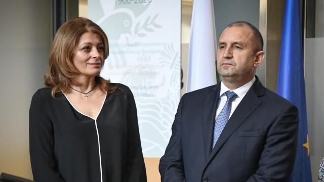 Президенството: Съпругата на президента Радев е с КОВИД-19