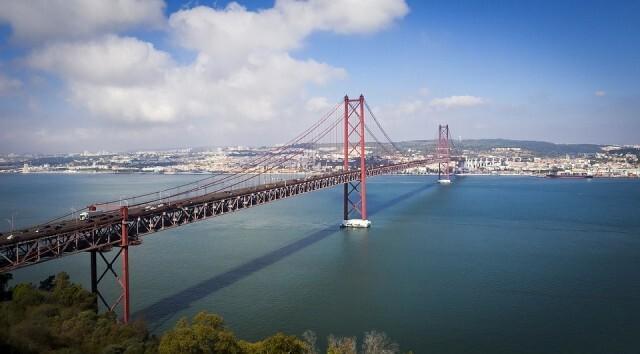 Посолството ни в Лисабон предоставя декларация за придвижване до избирателните секции в Португалия