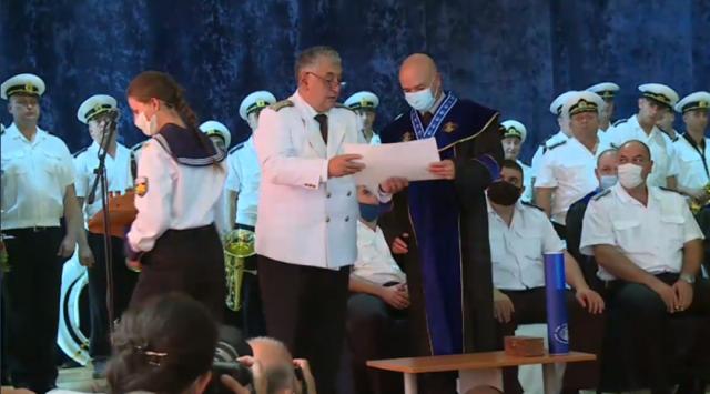 Висшето военноморско училище във Варна удостои Венцислав Мутафчийски със званието
