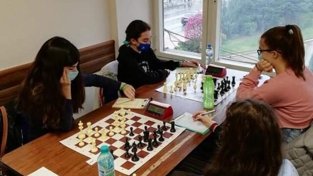 Успехи на шахматистки от Плевенска област в Държавните индивидуални училищни първенства