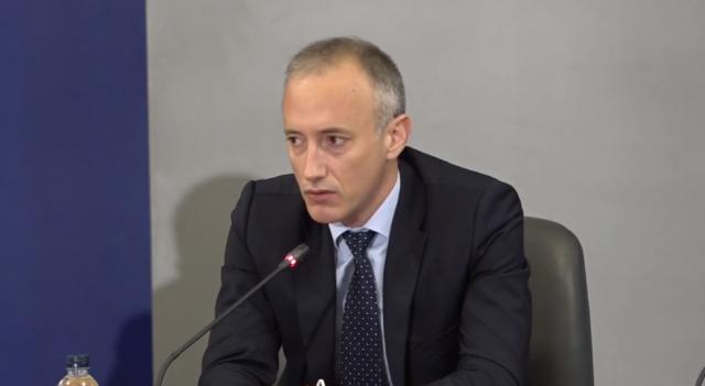 Красимир Вълчев обяви връщането на учениците в училище след ваканцията