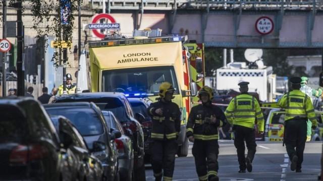 Армията излезе по улиците на Лондон, чакат още атаки