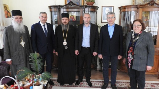 """Отново """"възкресиха"""" 25-годишна идея за нов православен храм в Силистра"""