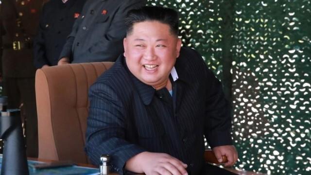 Северна Корея праща в трудов лагер или затвор за модни прически, джинси и жаргон