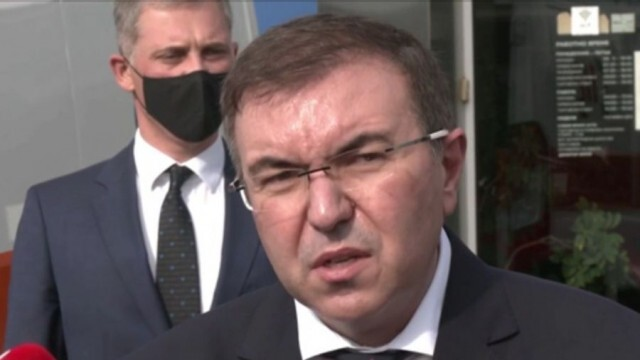 Здравният министър със заповед за ново разхлабване на противоепидемичните мерки