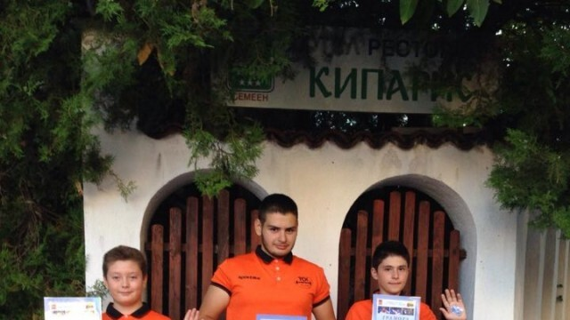 Русенски щангисти се включиха в турнир в памет на Величко Чолаков