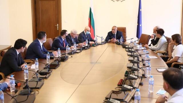 Борисов разпореди: Моловете да се отворят от 18 май!