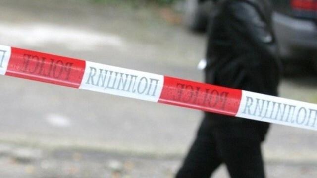 Лясковец 2: Мъж се барикадира в дома си, след като застреля човек