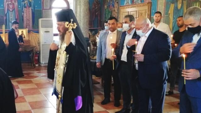 Доростолският митрополит Яков благослови кампанията на ГЕРБ