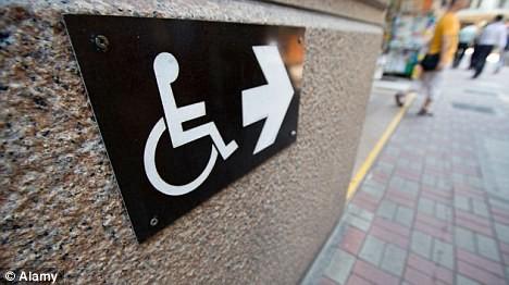 Общините вече приемат заявления за включване в механизъм за лична помощ
