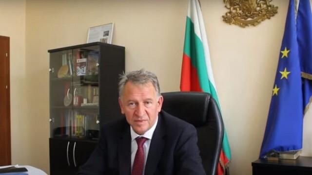 Кацаров: Зеленият сертификат ще важи за ученици над 18 години, възможно е да се изисква и за изборите