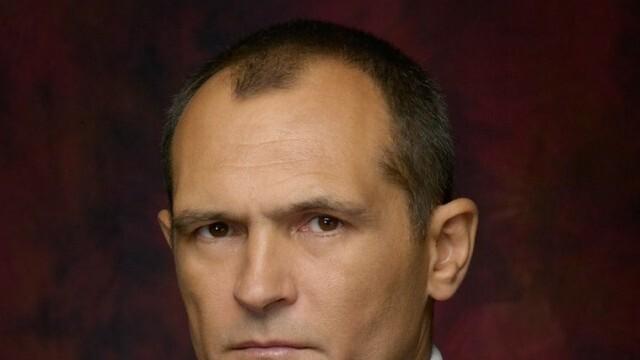 Изненадващ ход - Васил Божков даде акциите на