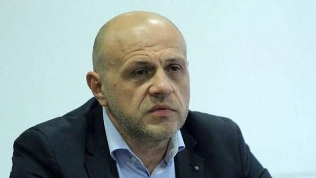 Томислав Дончев за Илчовски: Това в никакъв случай не е практика!