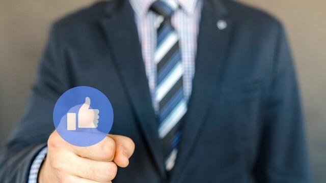 Увеличават се работодателите, които наказват служителите си заради Фейсбук