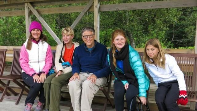 Трите деца на Мелинда и Бил Гейтс ще наследят по 10 милиона долара