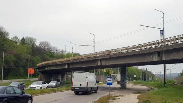 Въвеждат временна организация на движение заради ремонт на надлез в Плевен