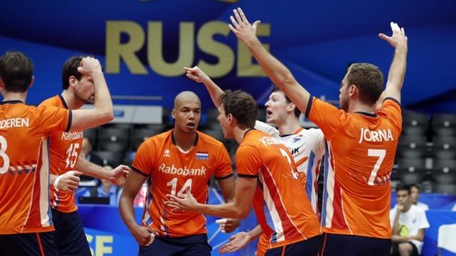 Холандия обърна и Франция на световното по волейбол в Русе