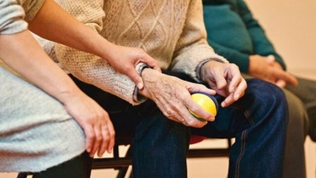Доставят оборудване за охрана на Центъра за възрастни хора