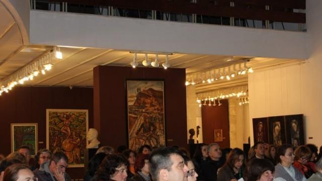 Плевен: Съхраняване на националната идентичност обсъждат музейни специалисти и галеристи
