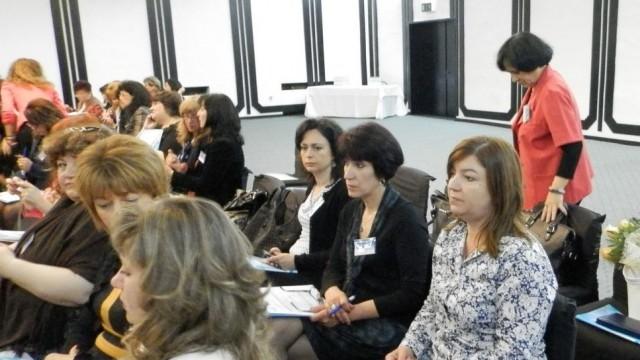 Представители на Жени ГЕРБ от Плевен участват в национален форум