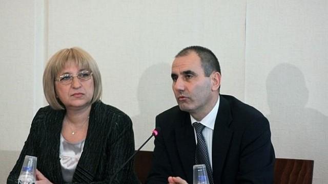 Цецка Цачева и Цветан Цветанов идват в Плевен на предизборна среща - концерт