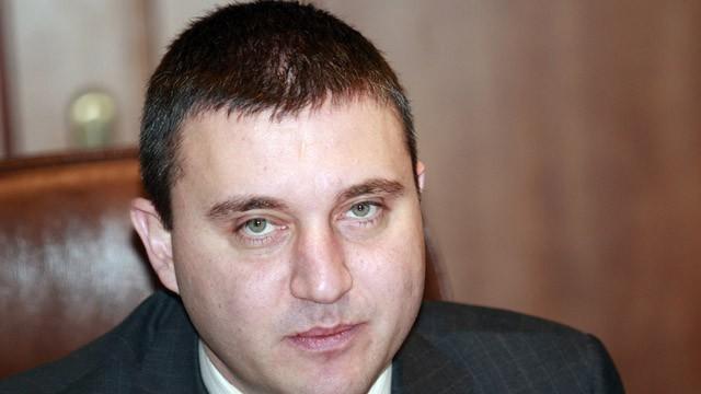 Горанов: Има шанс за великденски добавки