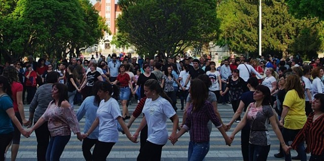 """Плевен: Неделни хора ще се вият на площад """"Възраждане"""""""