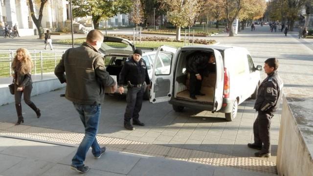 Общините в Плевенска област получиха книжата и бюлетините за президентските избори