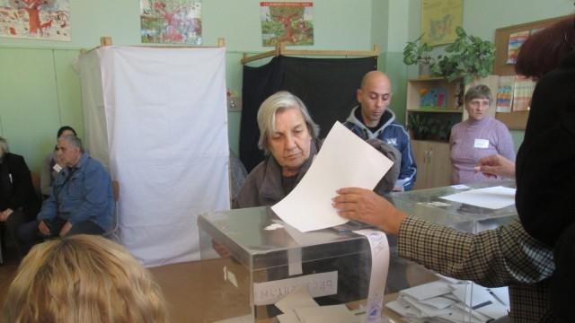 Към 10 часа: Община Пордим с най-висока избирателна активност в област Плевен