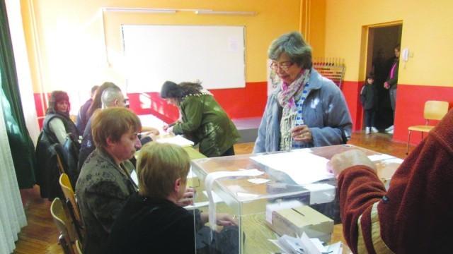 Към 17 часа: Плевен с 30.47 % избирателна активност