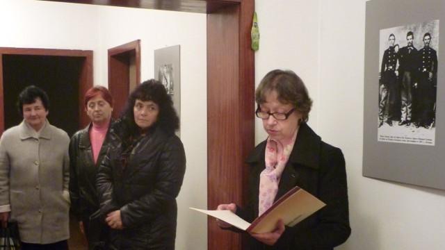 Документална фотоизложба за Апостола гостува в град Левски