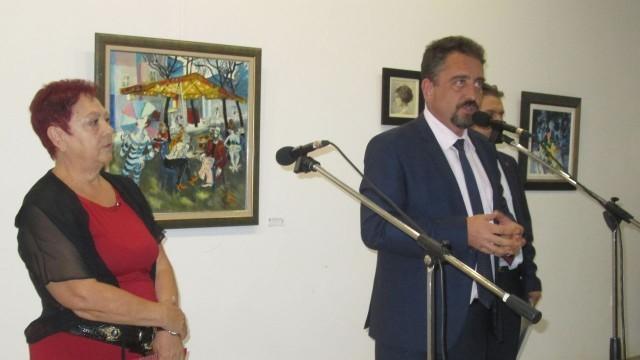 Плевен: 22 картини от благотворителната изложба за паметник на Емил Димитров вече са закупени
