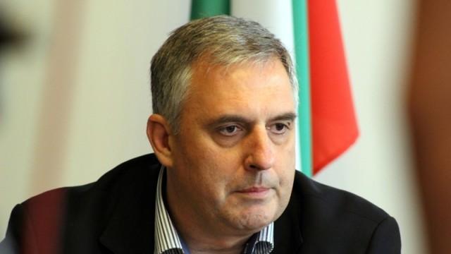 Калфин: Правителството щеше да подаде оставка без споразумението за дълга