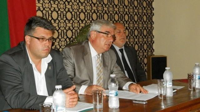 Кметът на Плевен отчете свършеното през 2014 година пред жителите на Славяново