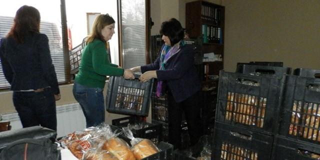 2500 козунака раздава ГЕРБ на социално слаби в област Плевен