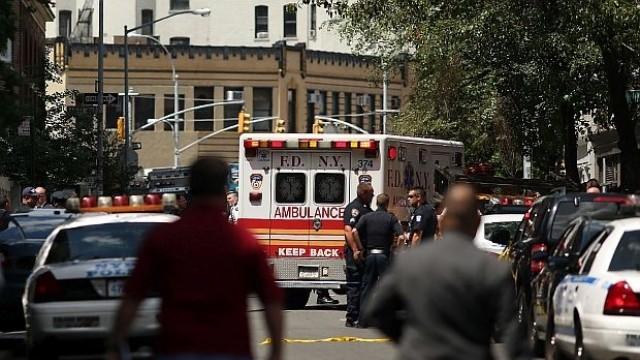 4-тонен товар падна от кран в центъра на Ню Йорк, 10 ранени