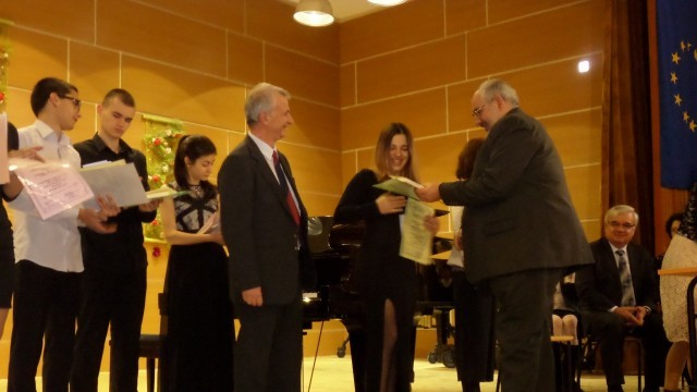 Отличиха най-добрите в 11-ия Национален конкурс за ученици-акомпанятори