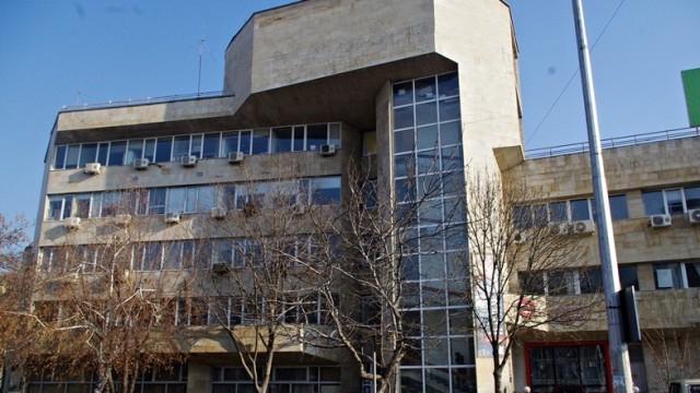 НАП с писма до 53 работодатели от Плевен заради задлъжнели служители