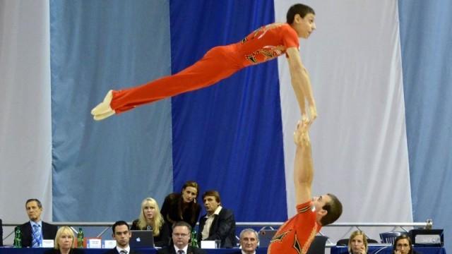 """Акробати на """"Локомотив""""  представят България на  Световната купа в Италия"""
