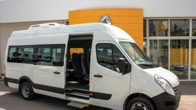 Община Плевен закупи по проект нов автобус за хора с двигателни затруднения