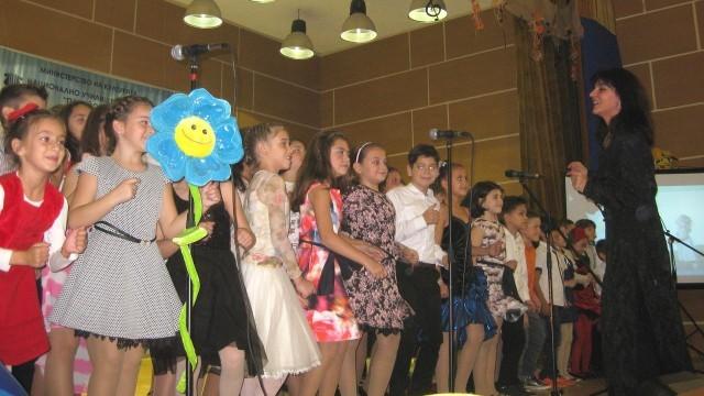 """Плевен: Музикалното училище празнува с """"Пъзел-спектакъл"""""""
