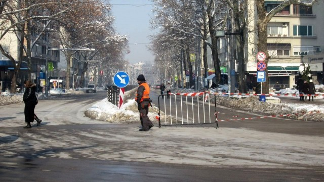 "Плевен: Масовият градски транспорт днес се движи по ул. ""Дойран"""