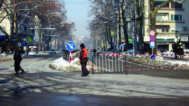 "Плевен: Масовият градски транспорт и днес се движи по ул. ""Дойран"""