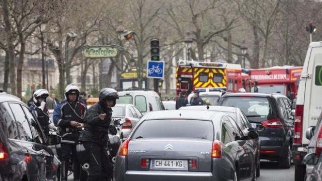 Задържаха 7 души за атентата в Париж