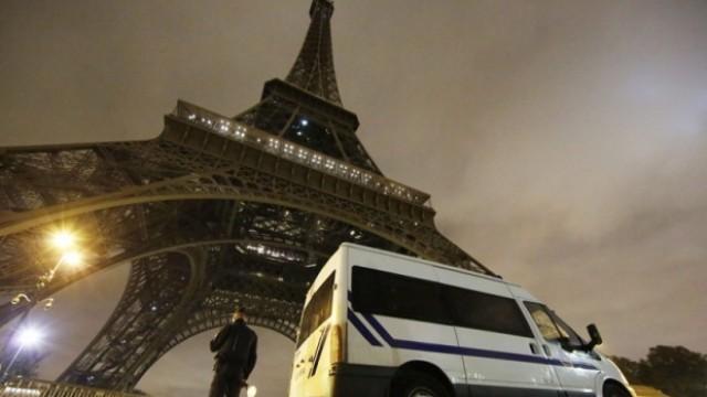 Атентатите в Париж: Излизат все повече подробности за терористите